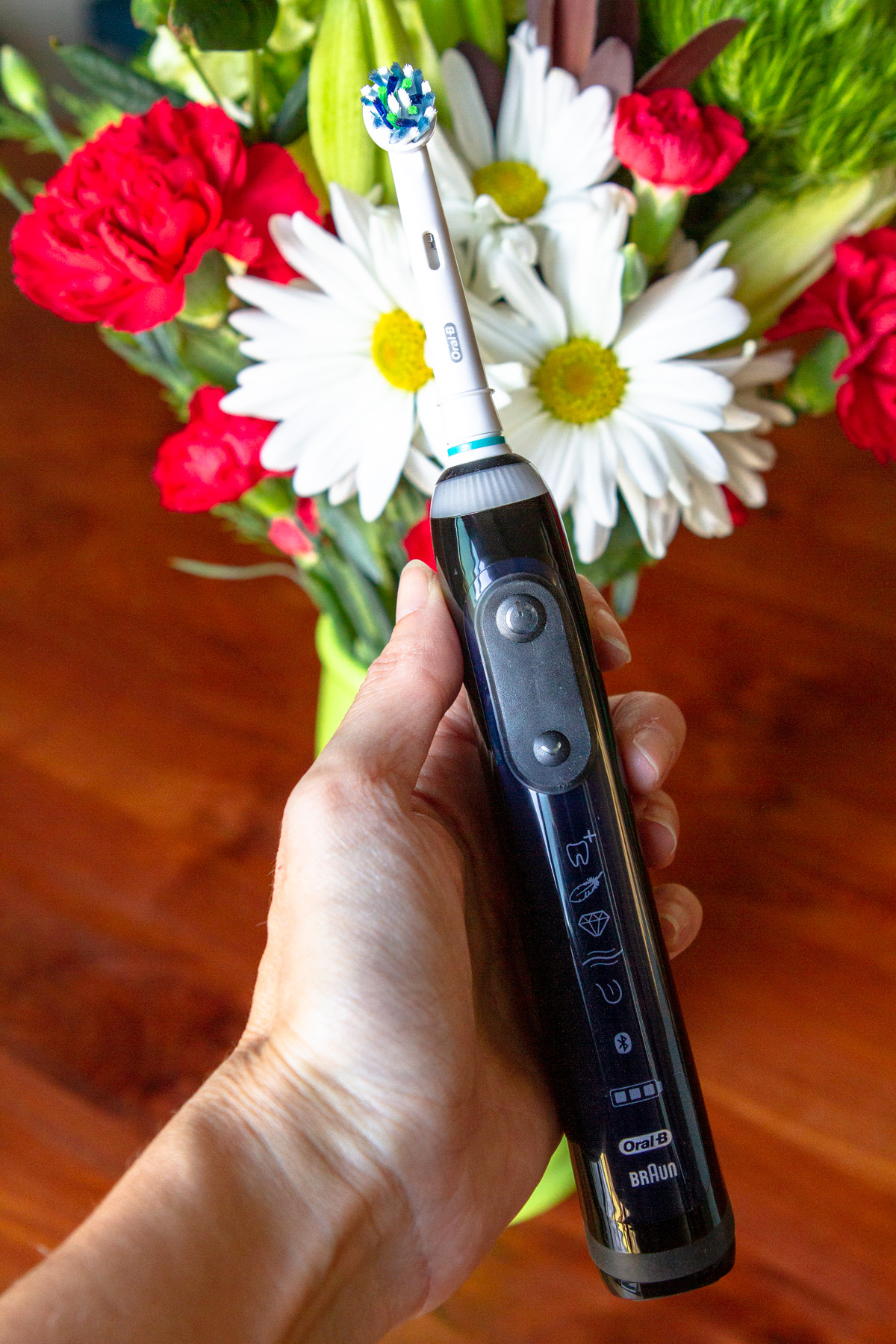 Genius 8000 Rechargeable Toothbrush