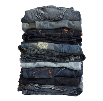 Today only, Old Navy is offering up jeans at 50% off. You can also get $5 adult tees and $4 tees for kids and babies. They will even throw in a free keychain with any kids purchase.